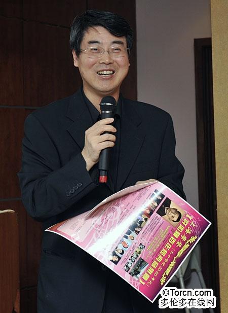 并表示加拿大上海商会是注重商业和文化的协会,许如辉是上海海派音乐